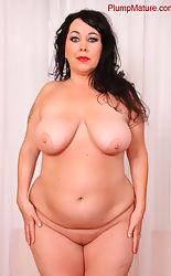 Mature nude plump