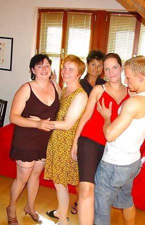 mature group pics